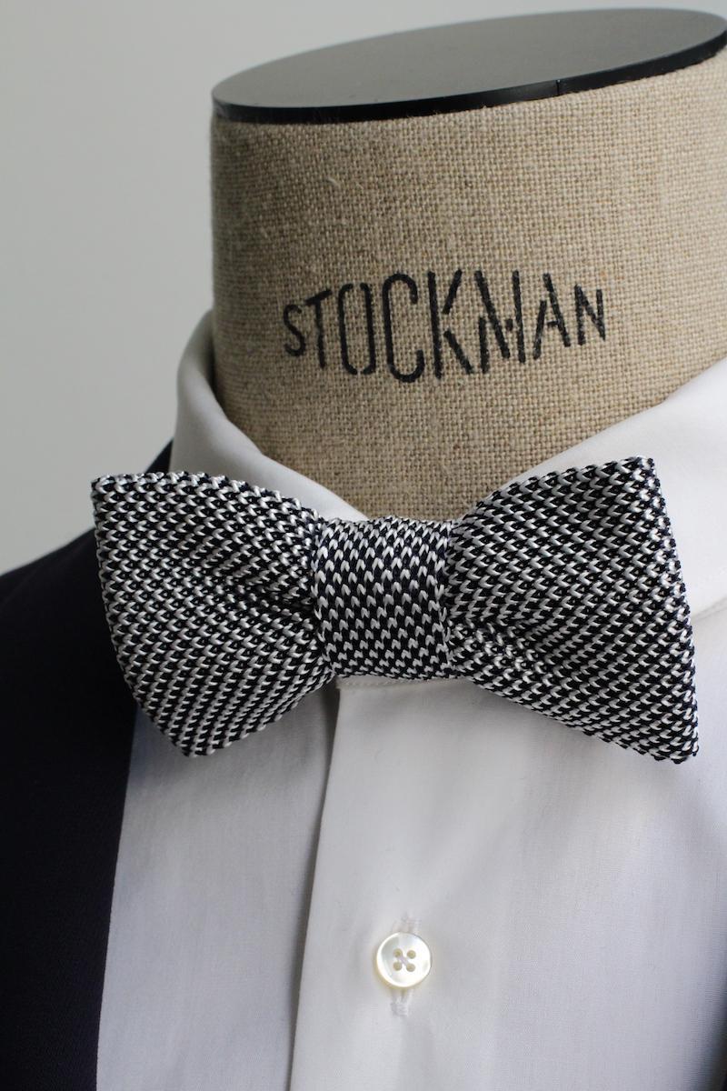 Pour Lui Beau. : Modèle Noeud-papillon noir et blanc en tricot de soie